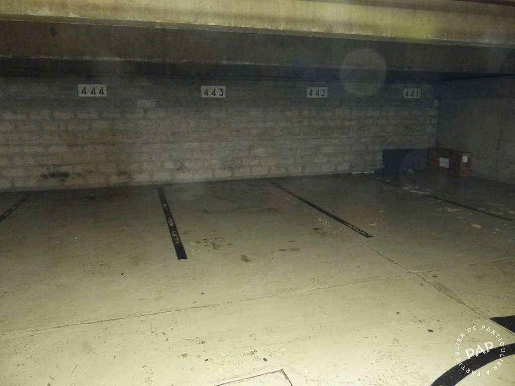 Location garage parking paris 18e 100 de for Garage hyundai paris 18