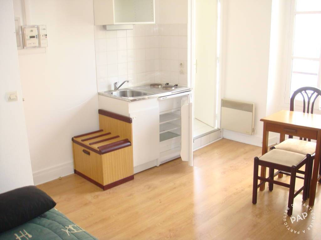 Location meubl e studio 19 m paris 15e 19 m 910 for Location appart meuble paris
