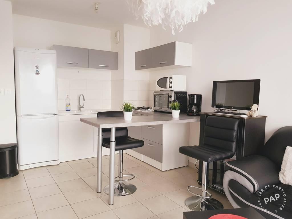location appartement 2 pi ces 36 m toulon 83 36 m 599 de particulier particulier pap. Black Bedroom Furniture Sets. Home Design Ideas
