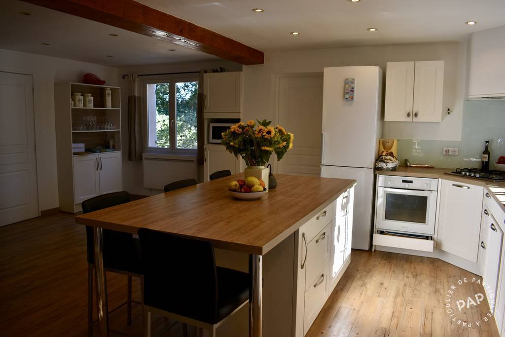 Location meubl e maison 200 m aix en provence 13 200 for Aix en provence cours de cuisine
