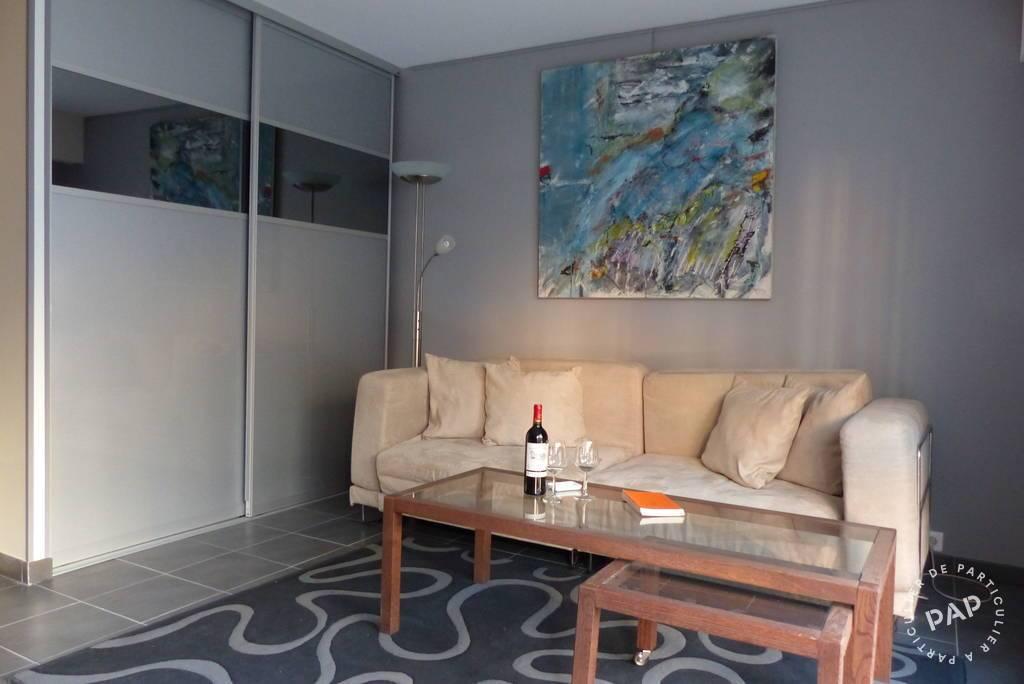 Location meubl e studio 28 m paris 10e 28 m for Camping jardin de mon pere la baie