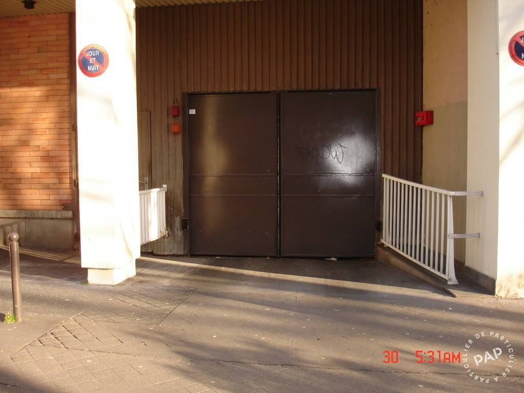 Location garage parking paris 11e 120 de for Garage paris 11e