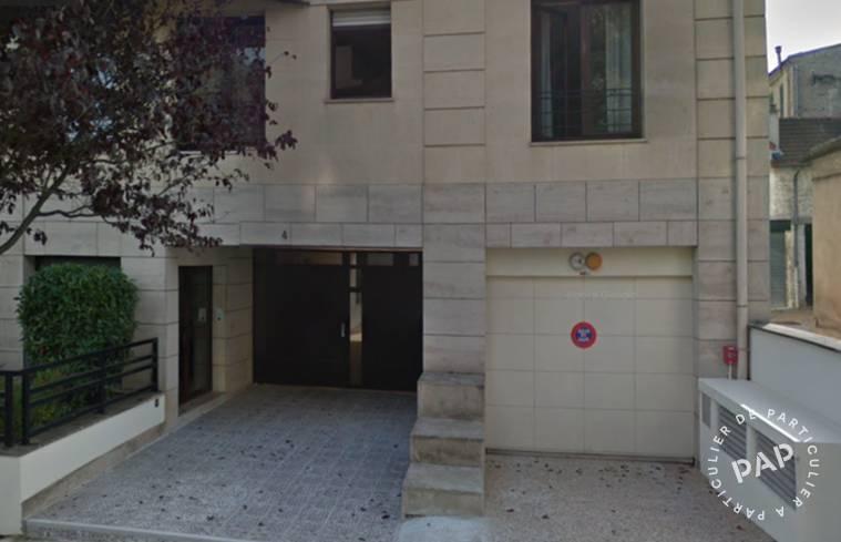 Location garage parking bourg la reine 92340 80 for Garage sireine auto bourg la reine
