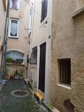 Vente maison 39m² Poussan - Centre Historique - 59.000€