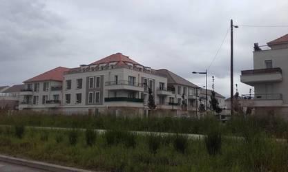 Location appartement 5pièces 95m² Saint-Pierre-Du-Perray (91280) - 1.340€