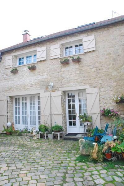 Vente maison taverny 95150 jusqu 39 euros for Piscine taverny