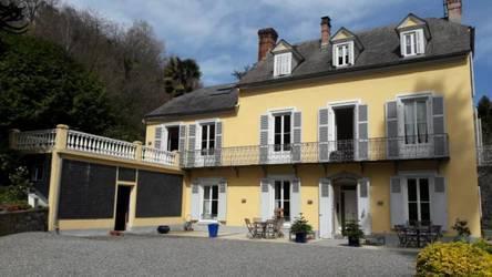 Vente appartement 6pièces 121m² Bagnères-De-Bigorre - 380.000€