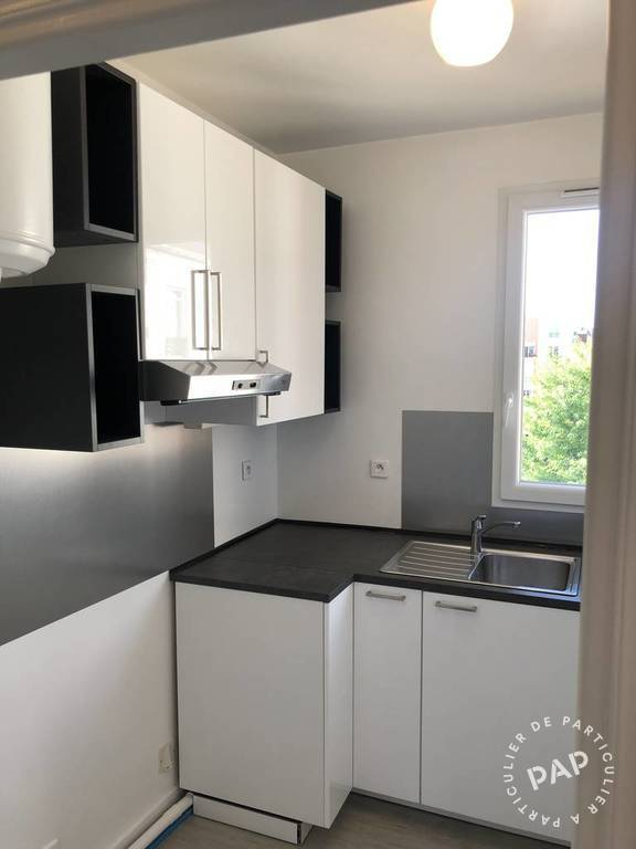 location appartement 2 pi ces 30 m levallois perret 30 m 950 de particulier. Black Bedroom Furniture Sets. Home Design Ideas