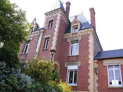 Vente maison 500m² Ons-En-Bray (60650) - 980.000€