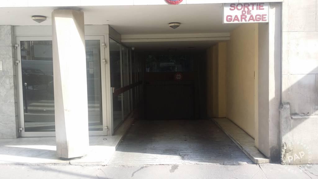 location garage parking paris 16e 225 de particulier particulier pap. Black Bedroom Furniture Sets. Home Design Ideas