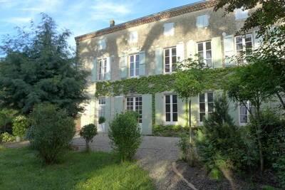 Vente maison 400m² Aiguillon - 328.000€