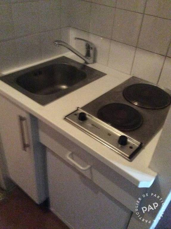 Location immobilier 700 € Paris 17E
