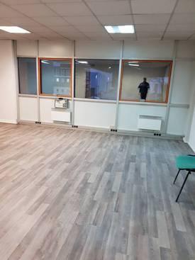 Bureaux, local professionnel Neuilly-Sur-Marne (93330) - 300m² - 499.000€