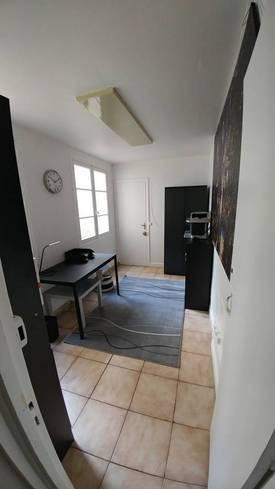 Location bureaux et locaux professionnels 11m² Paris 6E - 599€