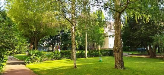 Location meublée appartement 2pièces 55m² Ivry-Sur-Seine (94200) - 1.480€