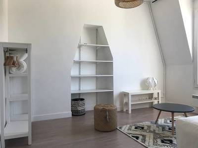 Location studio 20 m² Levallois-Perret (92300) - 890 €