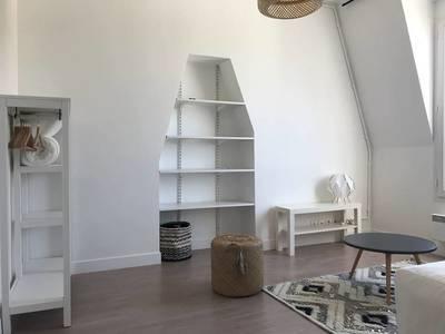 Location studio 20m² Levallois-Perret (92300) - 890€