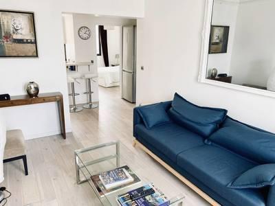 Location meublée appartement 3pièces 56m² Paris 17E - 2.000€