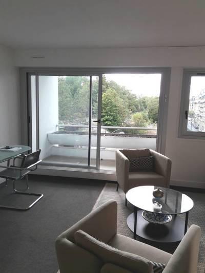 Location meublée appartement 2pièces 50m² Paris 15E - 1.700€