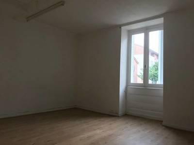 Location appartement 35m² Villefranche-Sur-Saône - 335€