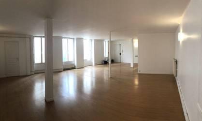 Vente appartement 2pièces 110m² Paris 18E - 620.000€