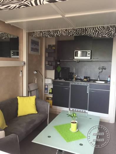 vente studio 15 m frejus 83 15 m de particulier particulier pap. Black Bedroom Furniture Sets. Home Design Ideas