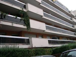 Location meublée appartement 28m² Saint-Ouen (93400) - 818€