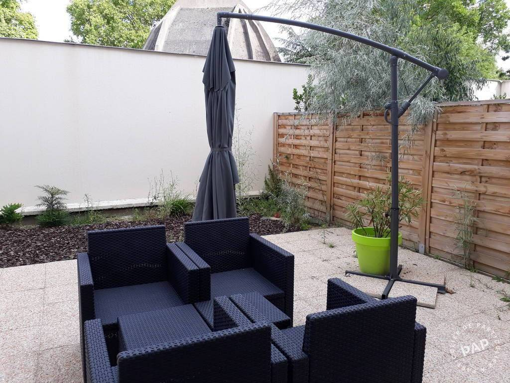 location appartement 2 pi ces 33 m nanterre 33 m 860. Black Bedroom Furniture Sets. Home Design Ideas