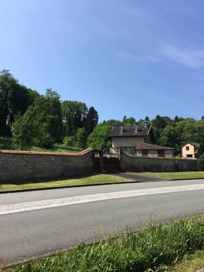 Bourbonne-Les-Bains (52400)