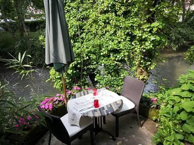 Fonds de commerce Hôtel, Bar, Restaurant Couze-Et-Saint-Front (24150) - 150.000€