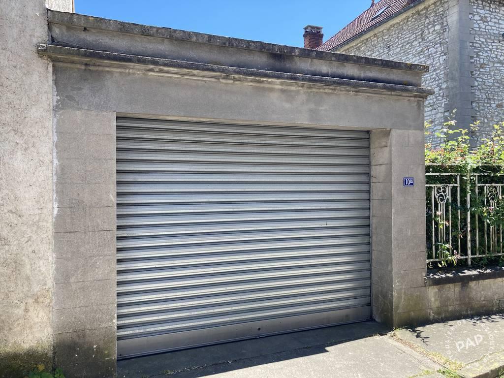 Location Garage, parking Guernes (78520)  100€
