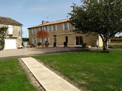 Vente maison 302m² Pujols (33350) - 490.000€