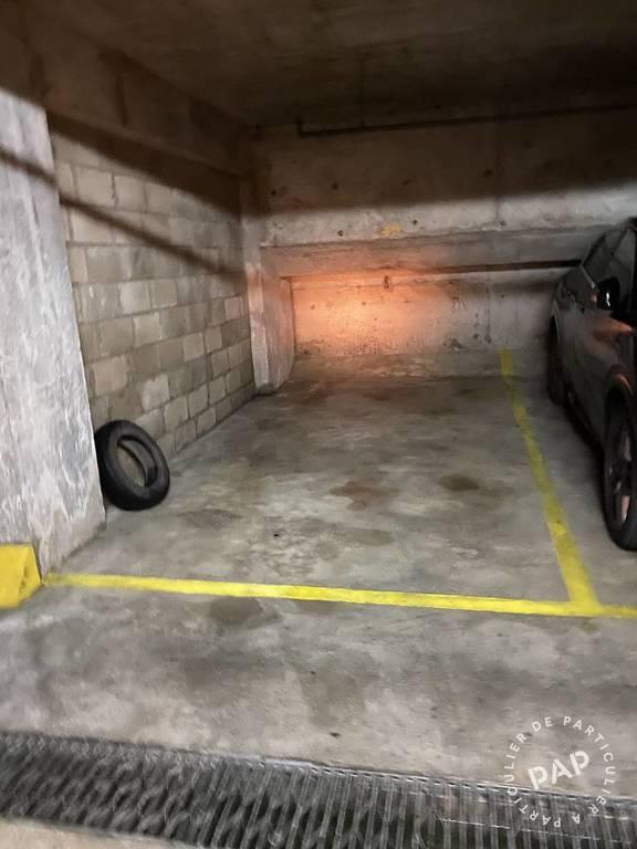 Location Garage, parking Paris 6E 14m² 185€