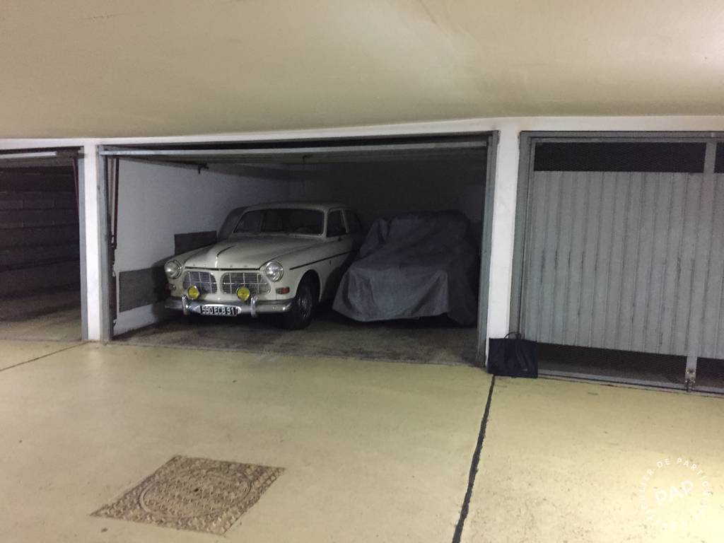 Location garage parking paris 12e 230 de for Location box garage particulier