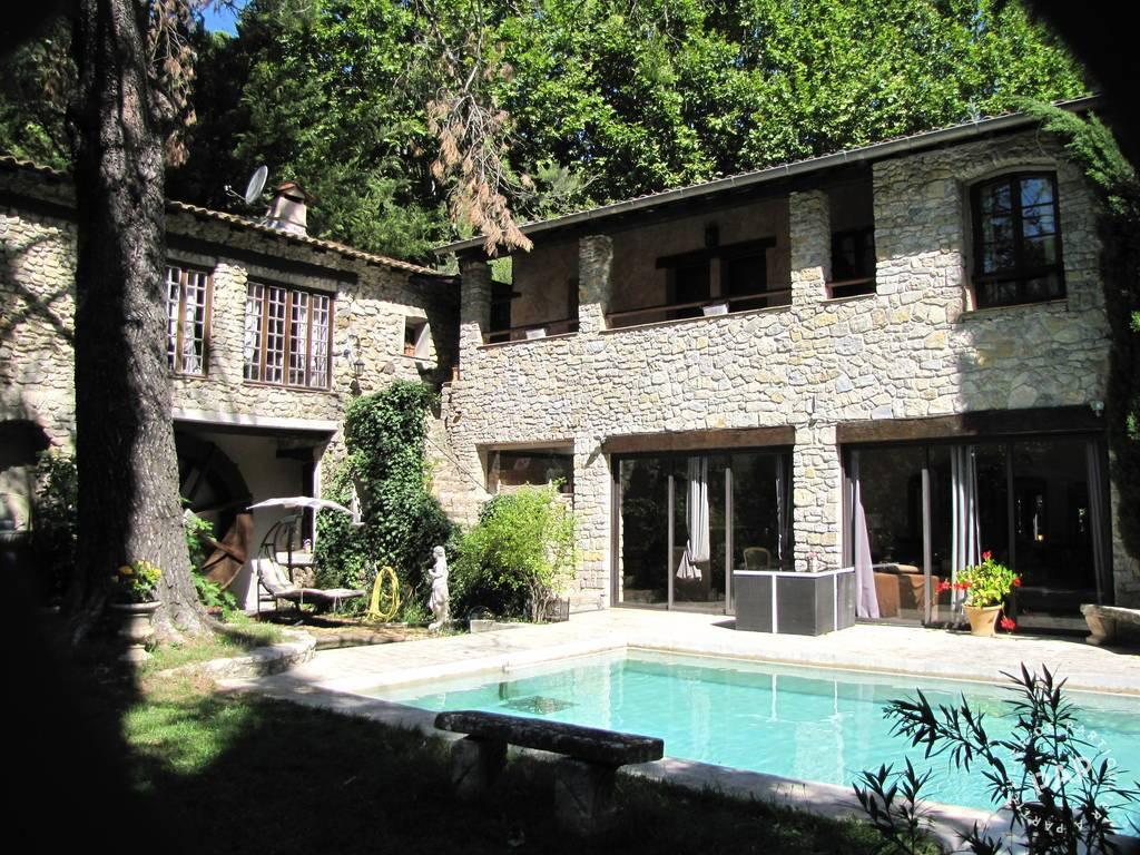 Vente maison 11 pièces Hyères (83400)