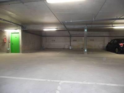 Location garage, parking Chaville (92370) - 95€