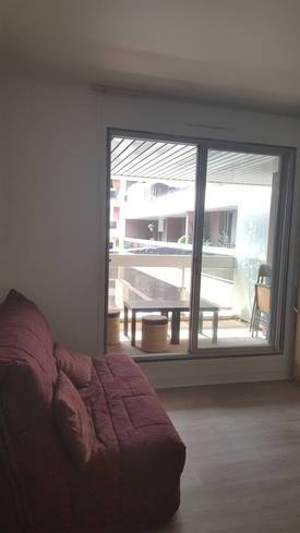 Location meublée studio 14m² Paris 12E - 750€