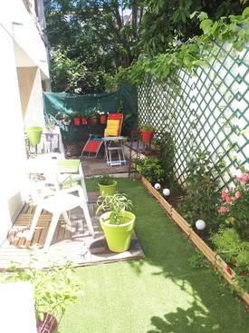 Rez De Jardin Avec Loggia.