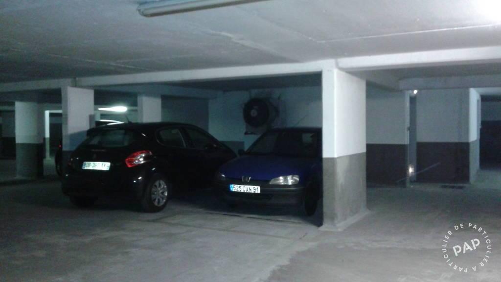 Garage, parking Gentilly (94250) 70€