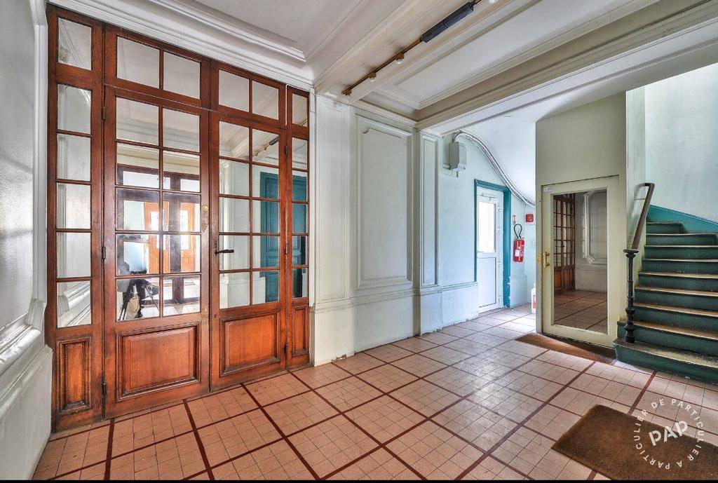 Bureaux, local professionnel 1.680€ 30m² Paris 7E