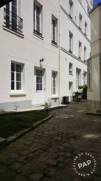 Location immobilier 3.700 € Paris 3E