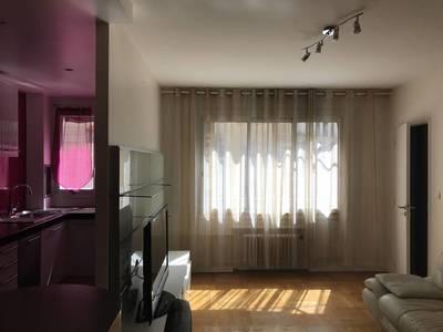 Location meublée appartement 2pièces 48m² Paris 16E - 1.650€