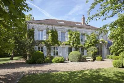 Vente maison 480m² Novillers (60730) - 835.000€