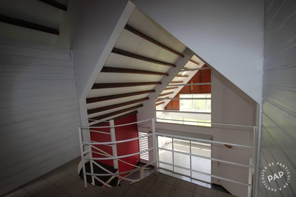 Location maison 6 pièces Saint-Claude (97120)