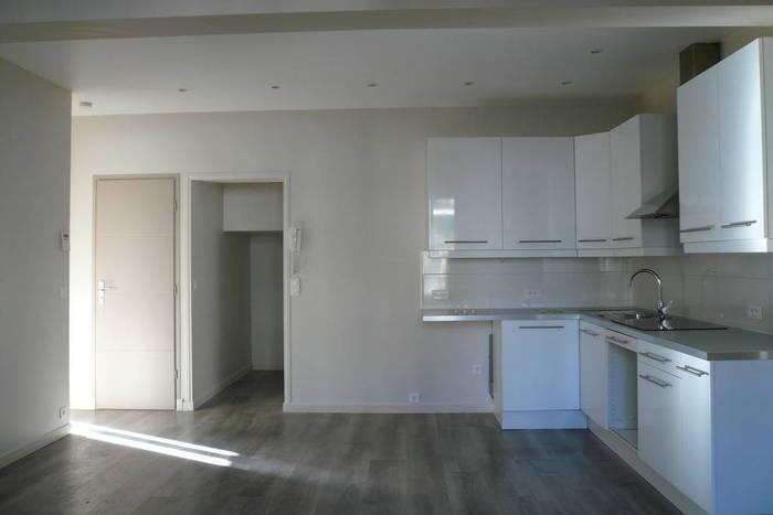 Location immobilier 2.200€ Avec Sous Sol 50M²