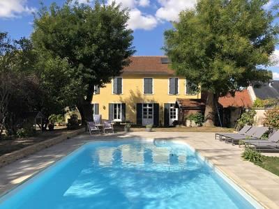 Vente maison 384m² Arcis-Sur-Aube - 450.000€