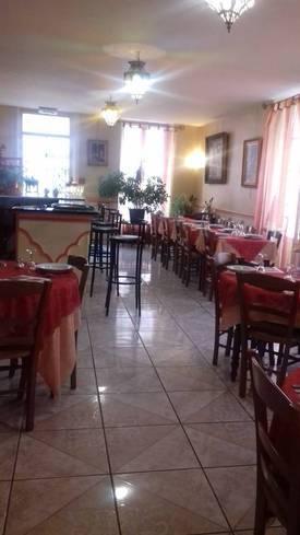 Fonds de commerce Hôtel, Bar, Restaurant Cosne-Cours-Sur-Loire - 160m² - 70.000€