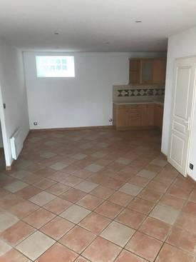 Location salon de provence toutes les annonces de location salon de provence 13300 de - Location garage salon de provence ...