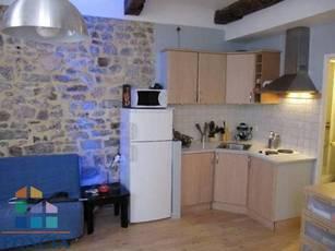 Location appartement 26m² Toulon (83) - 395€