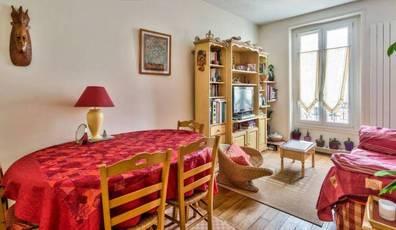 appartement meubl louer paris. Black Bedroom Furniture Sets. Home Design Ideas